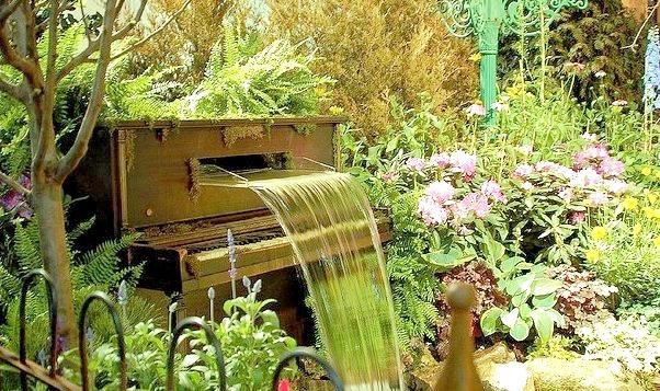 Piano Garden, Philadelphia, Pennsylvania