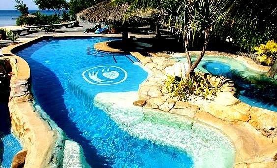Paradise pool at Tavarua Island Resort, Fiji