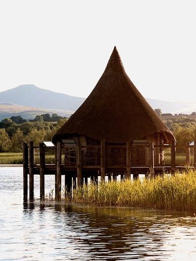 The hut at Llangorse Lake / Wales